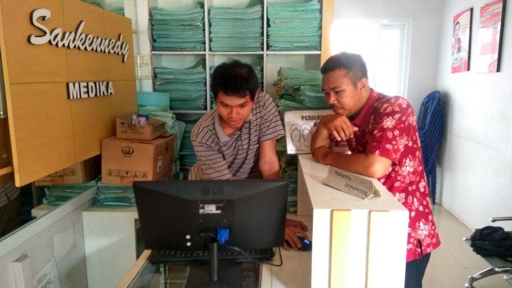 Konfigurasi Sistem Informasi Klinik Sankennedy Banjarnegara